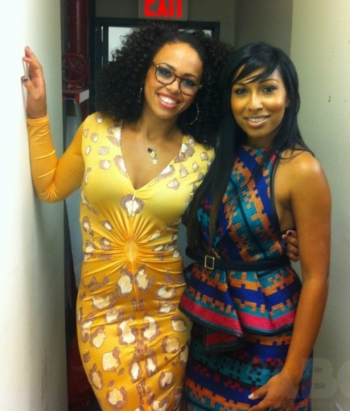 beautiful Elle Varner & Melanie Fiona..