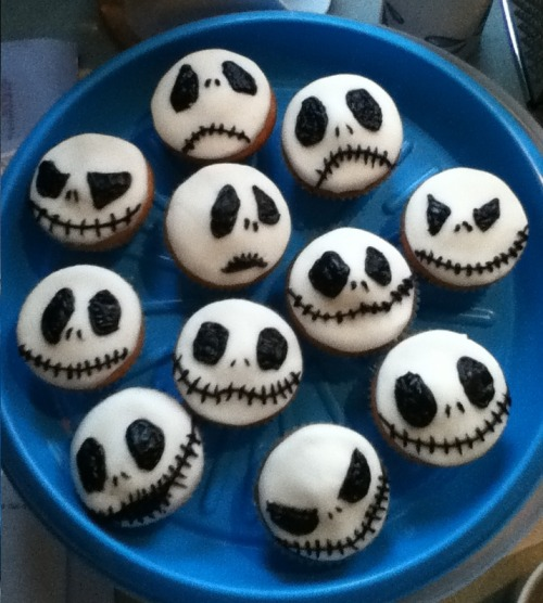 Jack Skellington cupcakes with RaisetheRuth