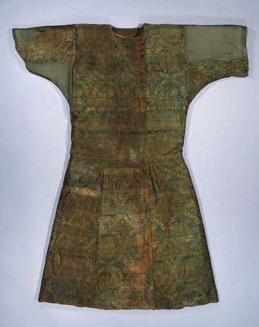 Caftan, 9th century Adygo-Alanian tribe (Northern Caucasus region of Russia), the State Hermitage Museum