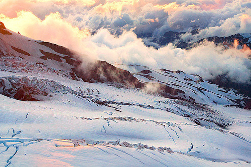 theworldwelivein:  Glacier Storm | Mount Rainier, Washington© Light of the Wild  Too much Skyrim.Not enough Skyrim.