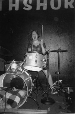 chicks-with-sticks:  Tobi Vail - Bikini Kill