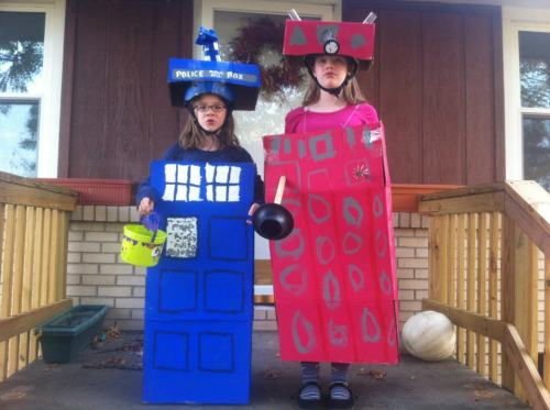 mcfeegle:  My little sisters are awesome. Apparently they made these costumes themselves. I am very impressed.