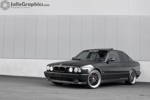 BMW M5 E34 by JalleGraphics | Photography by Hjalmar on Flickr.