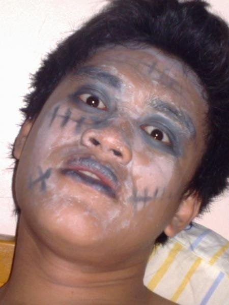 Happy Halloween . rawr! kakainin ko kau ha? please :)