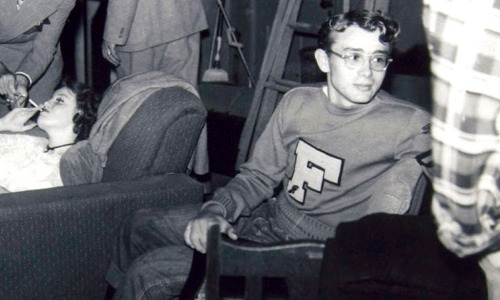 jamesdali:  James Dean at Santa Monica College in 1950, 19 years old.