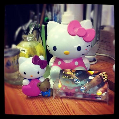 My work station #hellokitty #iphone #instagram #cards #nails #bows #pink (Taken with instagram)