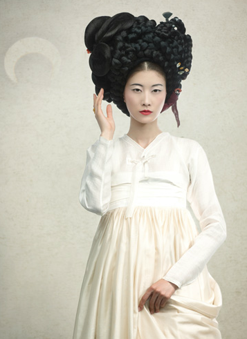 newmodernhanbok:  designed by lee hye soon