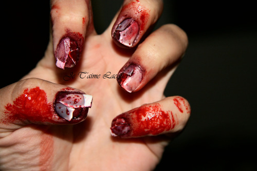 kreaturefeature:  My nails for my costume this year!