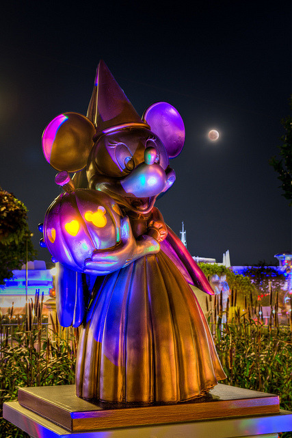 Magic Kingdom - Moonlight Minnie by SpreadTheMagic