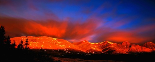 Please visit us at www.banffmountainart.com to view our full collection of landscapes.