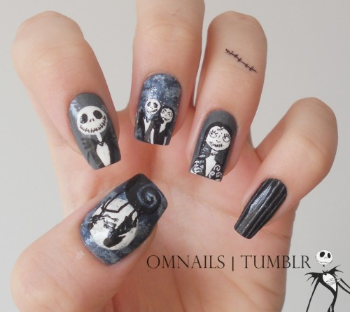 omnails:  The Nightmare Before Christmas nail art | Happy Halloween guys! Nothing better to paint on my nails on halloween than this movie, I love Jack! And I'm sorry for this ridiculous watermark because my computer broke and now I lost everything and it doesn't let me install the font of my usual watermark, I wanna cry. I hope you enjoy my halloween nails and have a happy halloween! xoxo trick or treats?  Gorgeous!