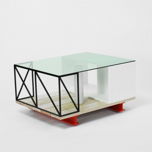 I'm in love with this coffee table. http://mattermatters.com/product.asp?id=880