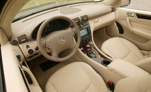 2007 Mercedes-Benz C240 Interior