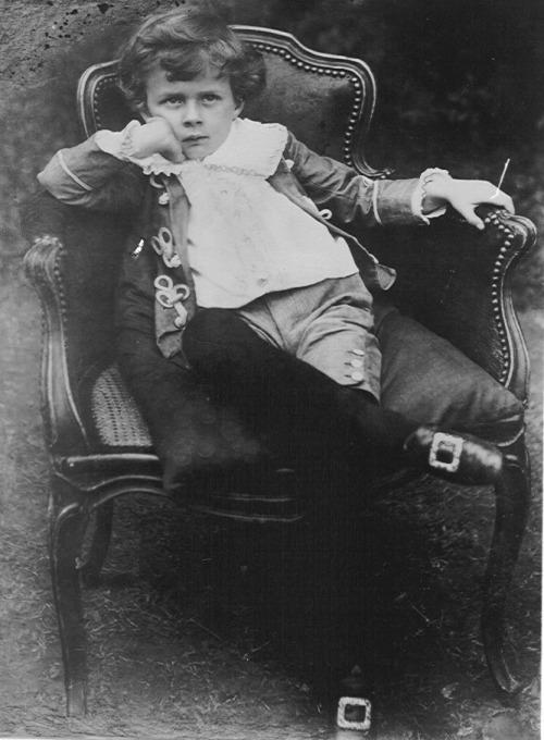 Aldous Huxley childhood