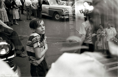 firsttimeuser:  Louis Faurer. Accident, New York City, 1952