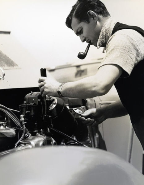 Clark Gable works on his car engine, 1930s -via fuckindiva