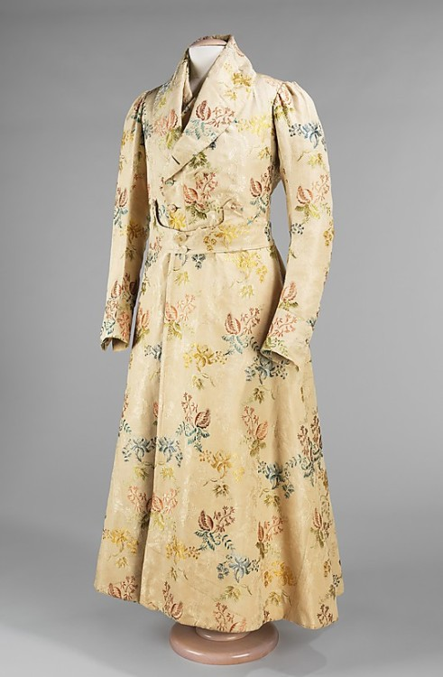 Housecoat, ca 1830 France, the Met Museum