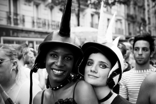 thelonelyspaceman:  Lesbian & Gay Pride (146) - 26Jun10, Paris (France) by philippe leroyer on Flickr.