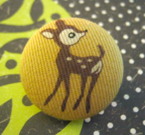 Deer button brooch jewelry pin on Flickr.