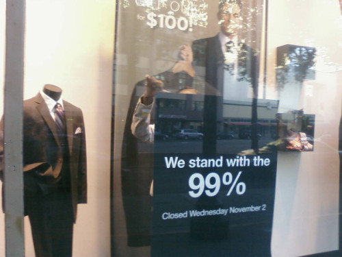 think-progress:  Men's Wearhouse — a suit store — is closed in Oakland today. via @mattoyeah