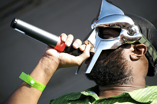 Oh No - 3 Dollars ft MF DOOM (Video)