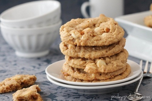 Double White Chocolate and Pretzel Peanut Butter Cookies
