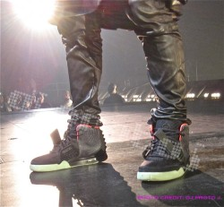 "Kanye West X Nike ""Air Yeezy 2"" Black/Pink"