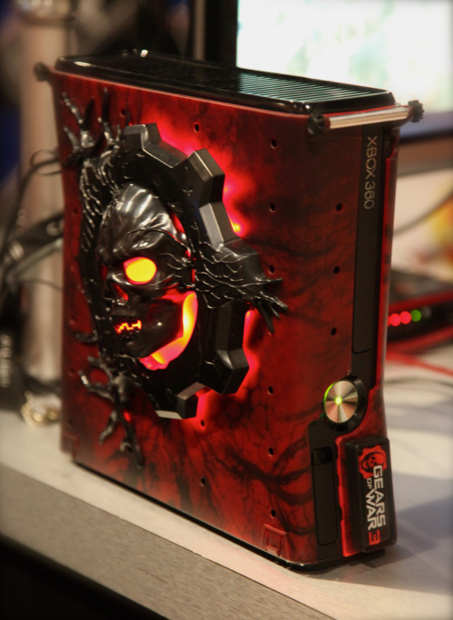 brothers-to-the-end:  Custom Gears of War 3 xbox 360