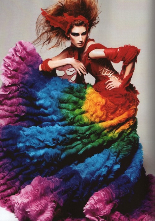 itsc0c0:  A McQUEEN FAVORITE OF MINE!!! <3 somethingvain:  Alexander McQueen S/S 2008 'La Dame Bleue', Vogue Italia March 2010   kicking and screaming because I don't own this dress.