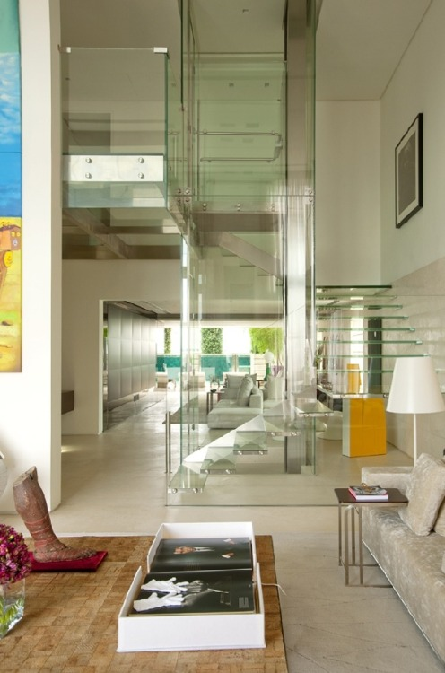 architectureblog:  (via Massive Malibu Residence With Striking Indoor Glass Pool | Freshome)