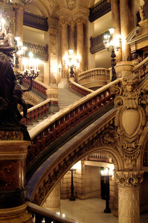 Neoclassical details and sweeping grand staircases inside L'opéra Garnier (the Paris Opera House), Paris, France