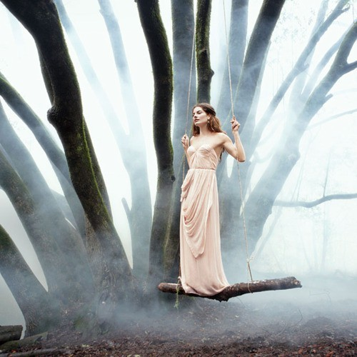 couturecourier:  This is gorgeous. The dress, the tree, the fog. The whole atmosphere. Love. (via pinterest)