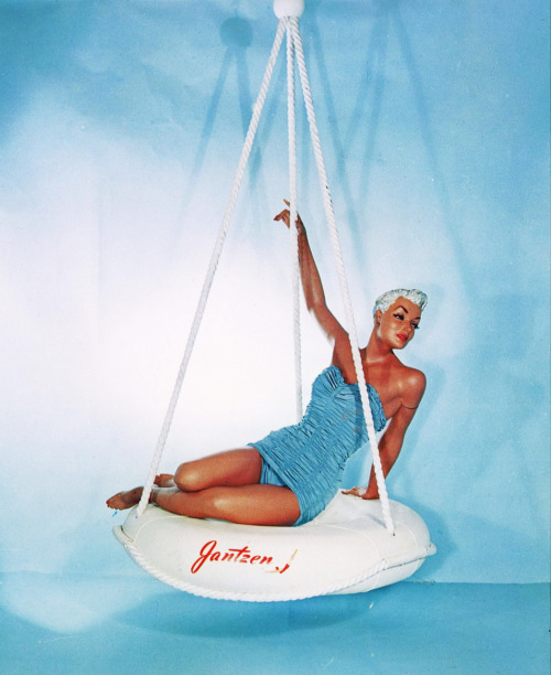 """Wonder Girl"" Jantzen swimsuit on the Wolf and Vine mannequin in 1956"