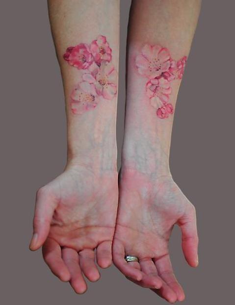 Lichaamsversiering /Tattoos, Piercings, Make-up, Nagellak