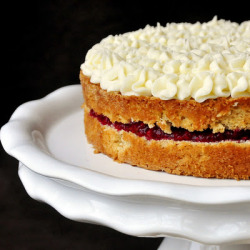 Raspberry Vanilla Cream Cheese Torte click image for recipe