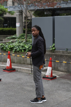 DITO - Celebrity in Japan. Effortless style! A great mix of Athletic and dress