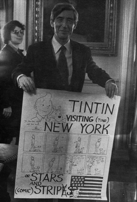 Tintin visiting (ting) New York. (via entrecomics)