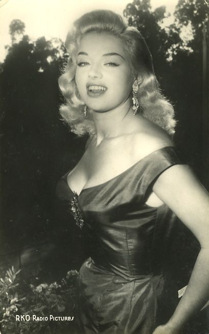 This is real beauty.  theniftyfifties:  Diana Dors