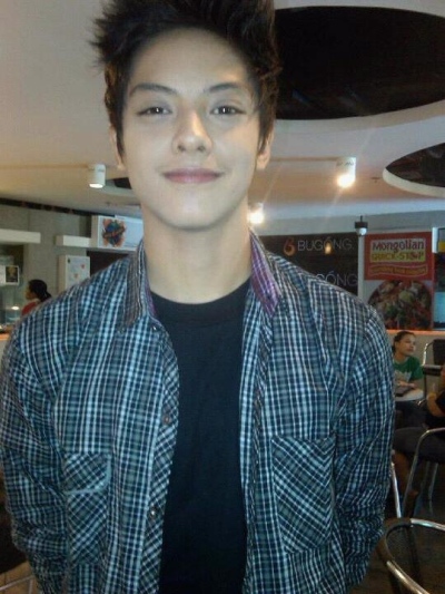 Ghaaaad. Why so gwapo?