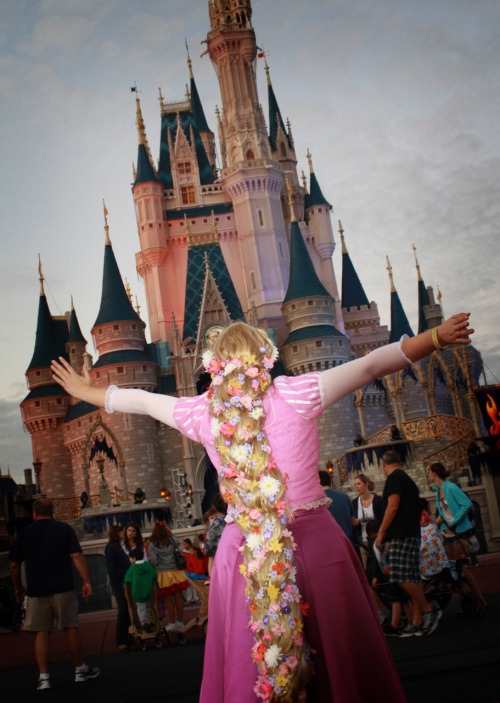 jdevoll:  My Rapunzel cosplay at Mickey's Not So Scary Halloween party!