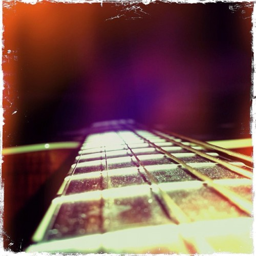 #instagram #iphonography #instagood #guitar #music (Taken with instagram)