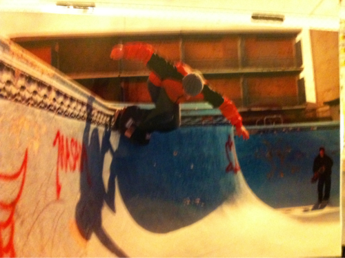 Me skating the now dead asbury park blue pool circa 2001.  Getting some tile!  Never could hit that coping.  That's world famous artist Alex Duke in the deep end.  I'm pretty sure Andrew Mglauglin took this photo.