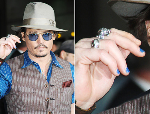 The same week that Johnny Depp sported some blue nail polish, EvolutionMan announced its new nail collection just for guys! See the colors and tell us if you'd date a dude who wore these shades! (image via mtv)