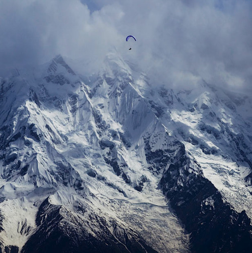 kateoplis:  Today in Pakistan: Hernan Pitocco above the Karakoram Range