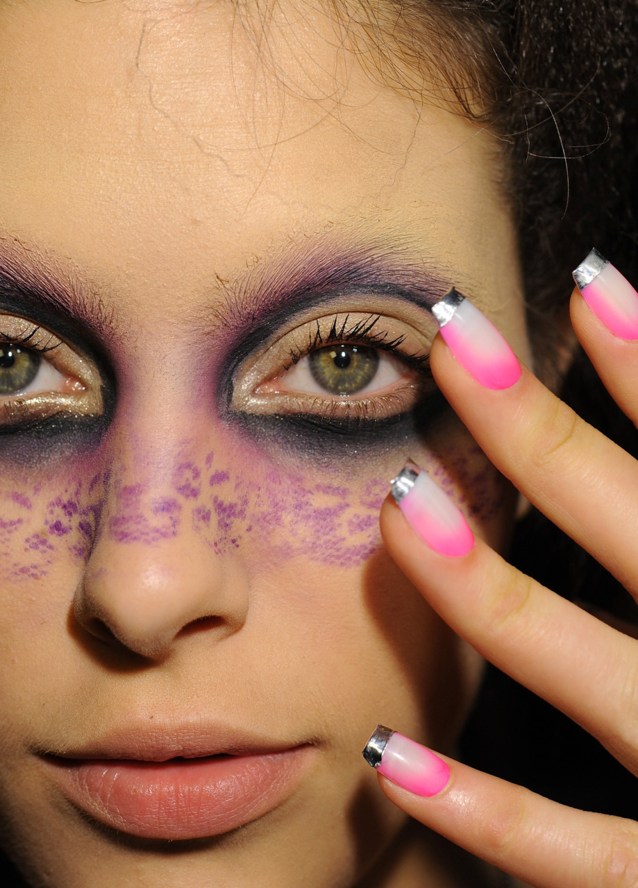 Amazing makeup and nails at Diego Binetti - custom manicures by CND