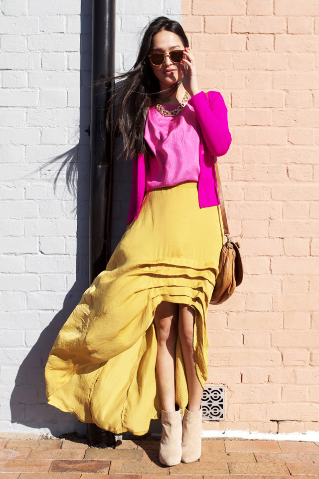 Love the colors and the skirt! (via Gary Pepper Vintage: C A N D Y L A N E .)