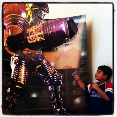 #realsteel ang kyuuuut lang nila ni #janter hehe :)) #movie #gateway #cineplex (Taken with instagram)