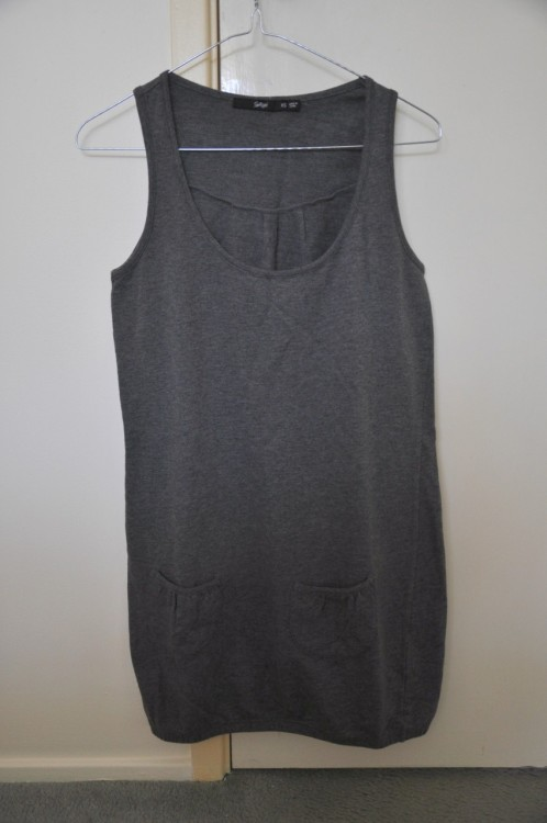 Sportsgirl Dress Size: SX Condition: Never worn Price: $8 Seller: Christen