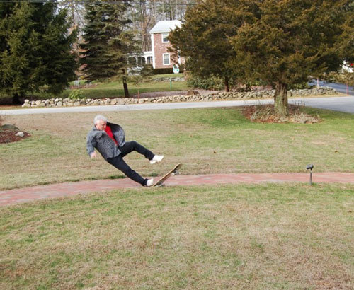 Nice fail there grandpa. I expected more from your skateboarding skills.