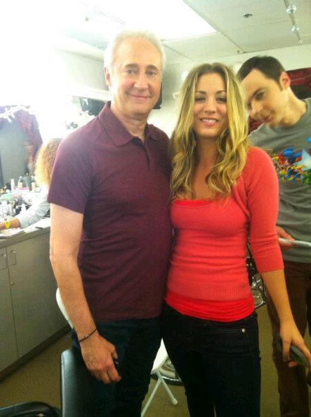 Sheldon Cooper Photobomb